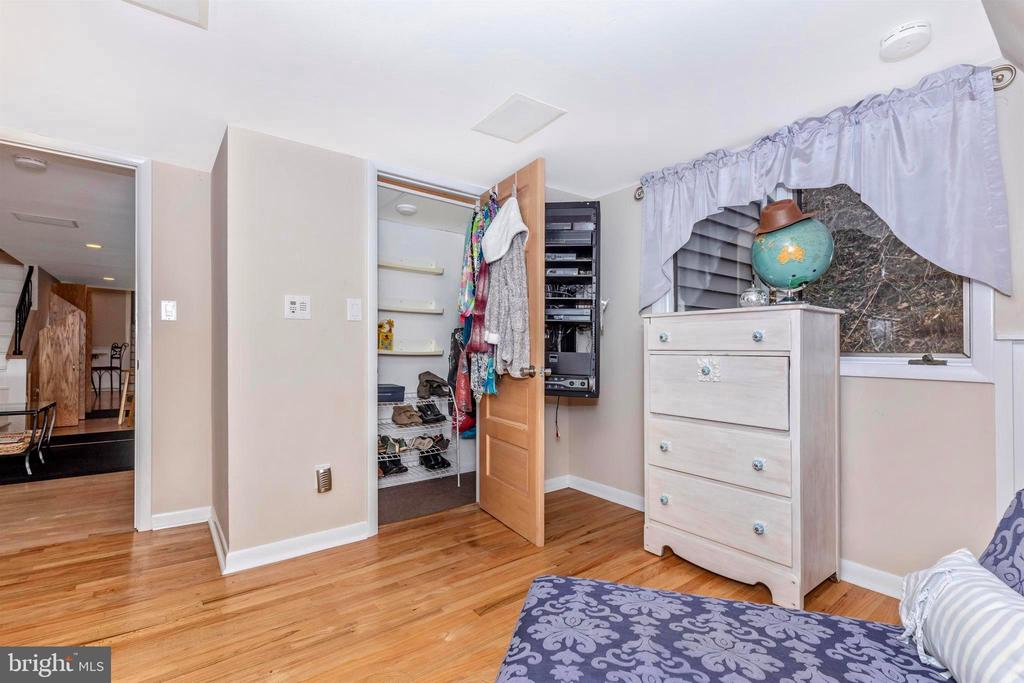 Bedroom could be used as an office! - 2180 S CRISSFORD RD, ADAMSTOWN