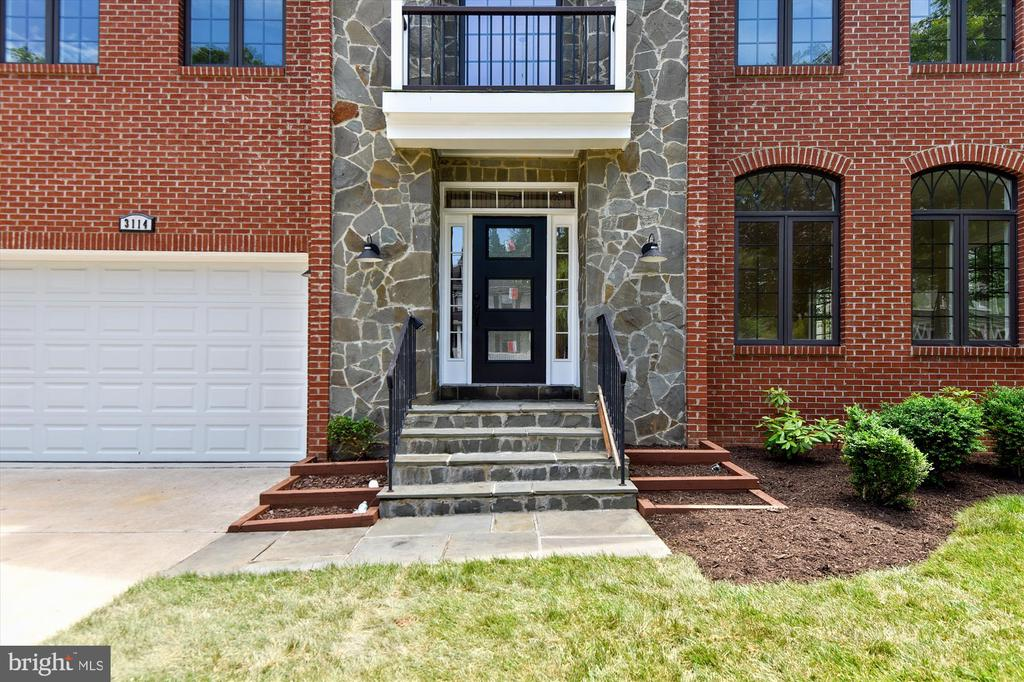 New glass front door with fresh sod - 3114 N PERSHING DR, ARLINGTON