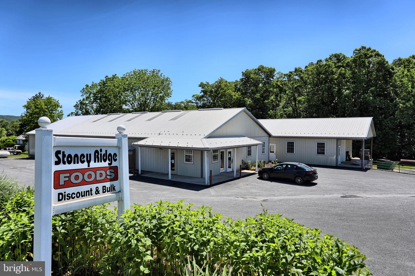 Retail for Sale at Loysville, Pennsylvania 17047 United States