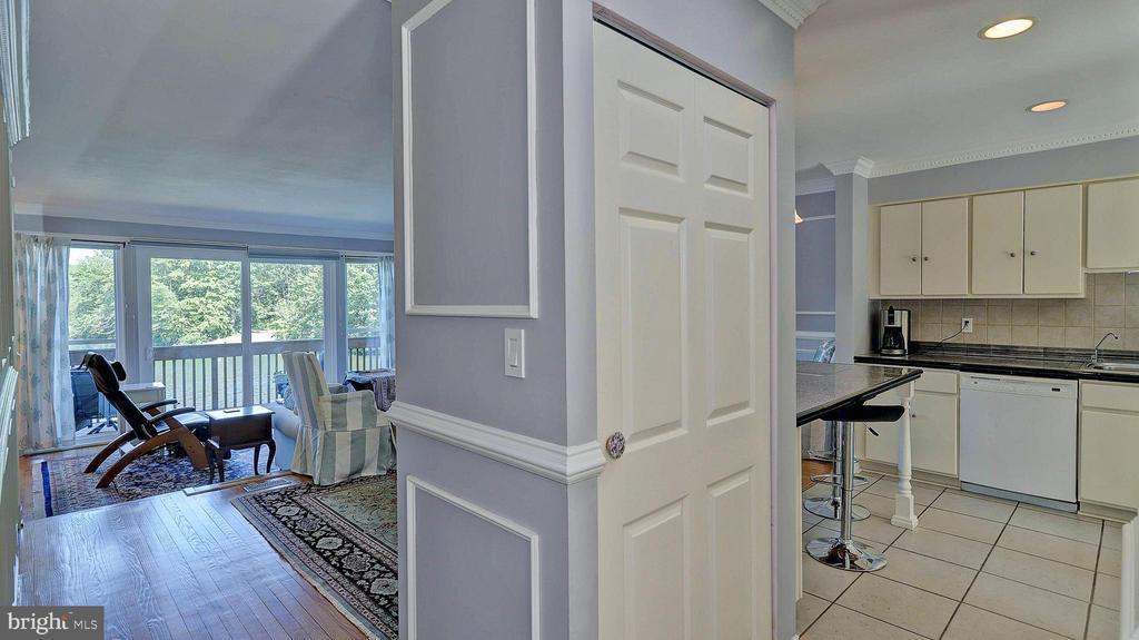 Hall with custom trim - 11210 LAGOON LN, RESTON