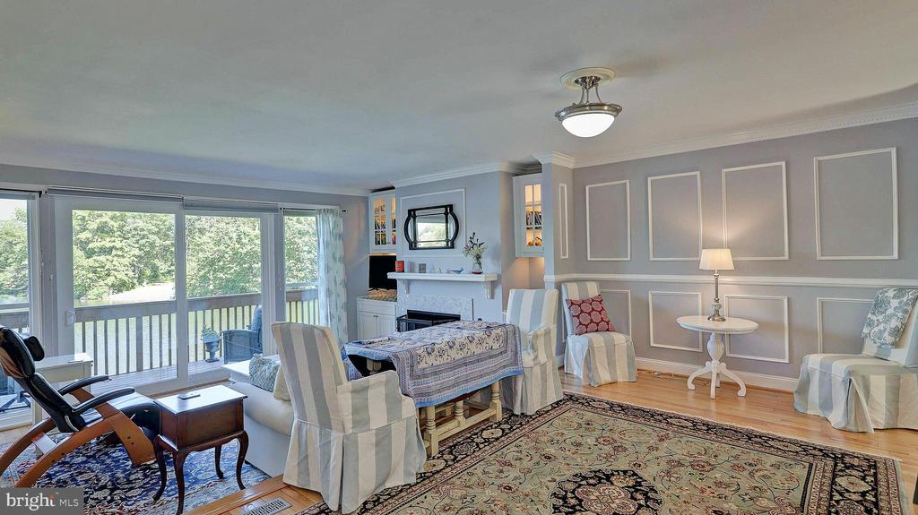 Dining/Living room with HWF's, view of lake - 11210 LAGOON LN, RESTON
