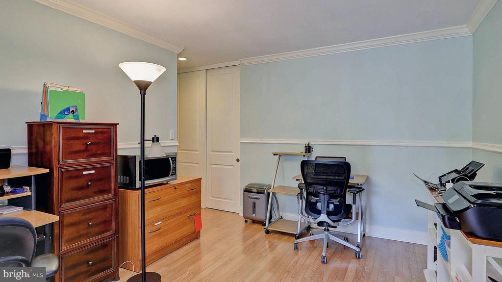 2nd bedroom - 11210 LAGOON LN, RESTON