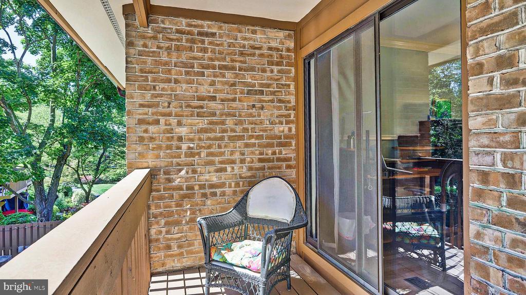 2nd bedroom deck - 11210 LAGOON LN, RESTON
