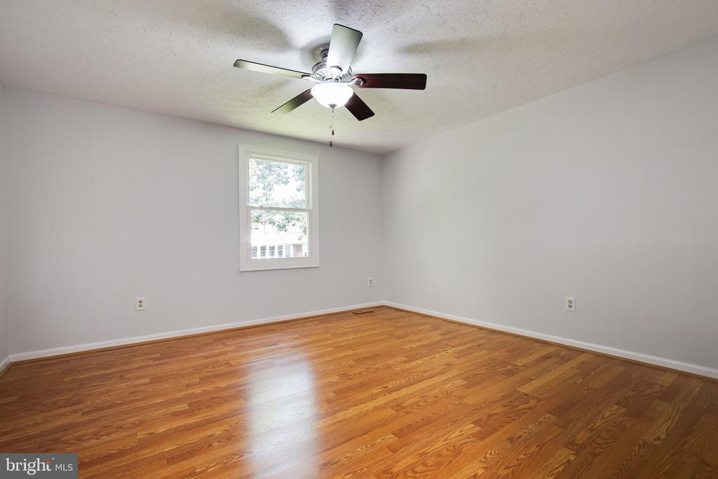 4th Bedroom - 15153 HOLLEYSIDE DR, DUMFRIES
