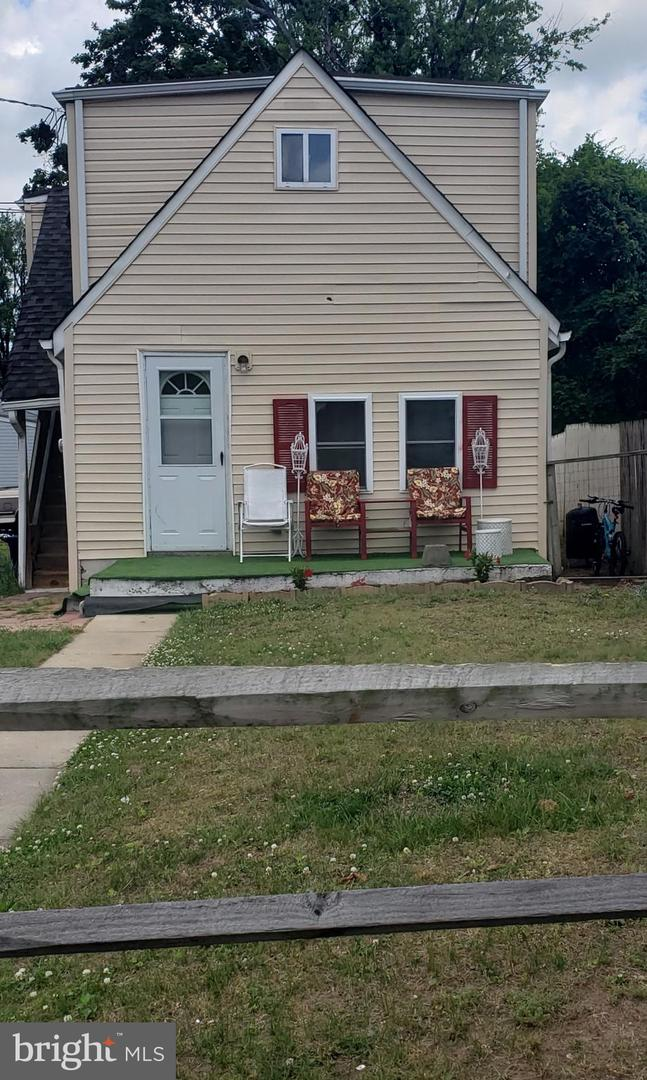 Additional photo for property listing at  Trenton, New Jersey 08610 United States