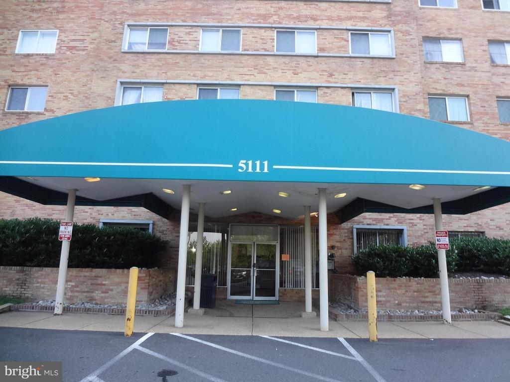 Building Front - 5111 S 8TH RD S #207, ARLINGTON