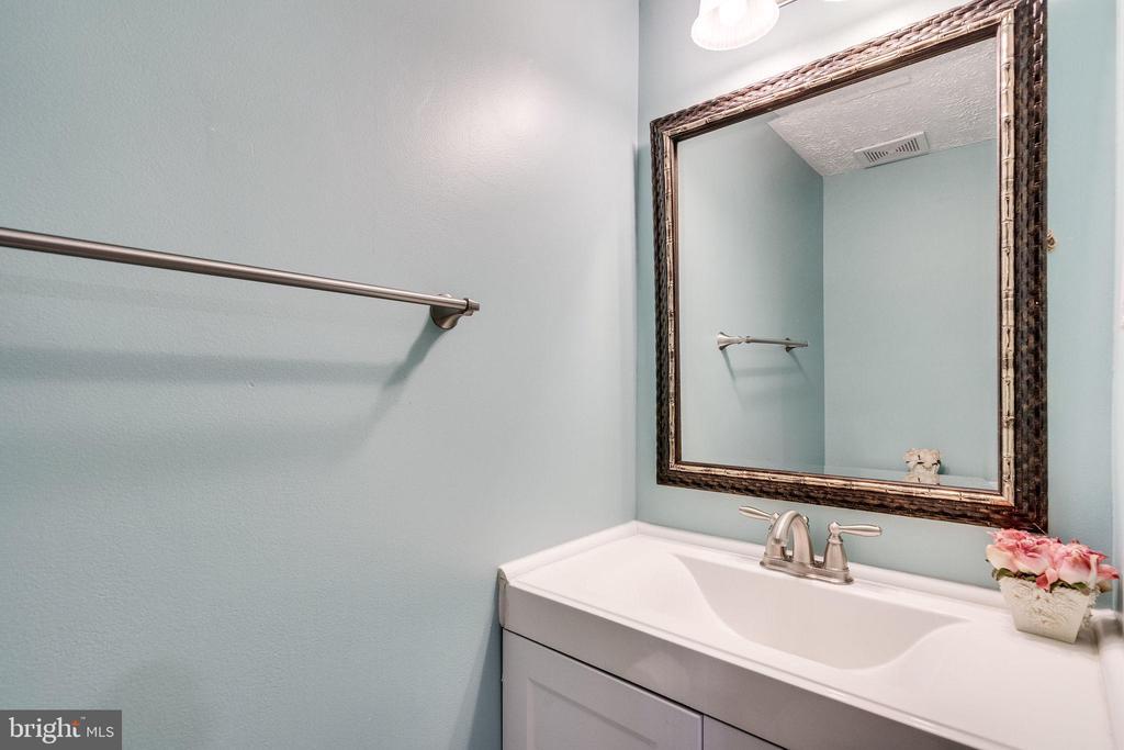Half Bath / Lower Level - 8364 ROCKY FORGE CT, SPRINGFIELD