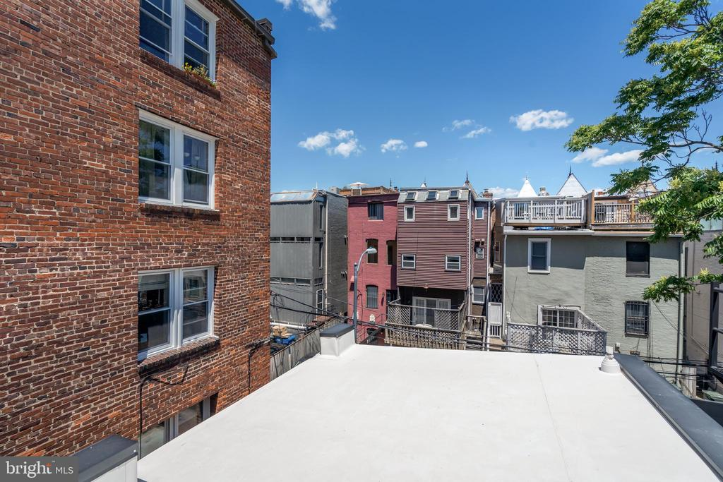 Potential roof-top deck - plans available - 1727 WILLARD ST NW, WASHINGTON