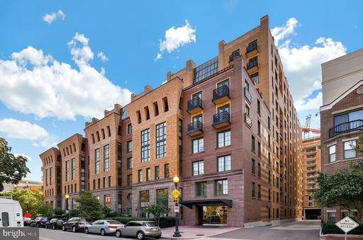 910 M ST NW #303