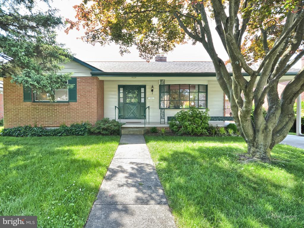 Front - 404 CULLER AVE, FREDERICK