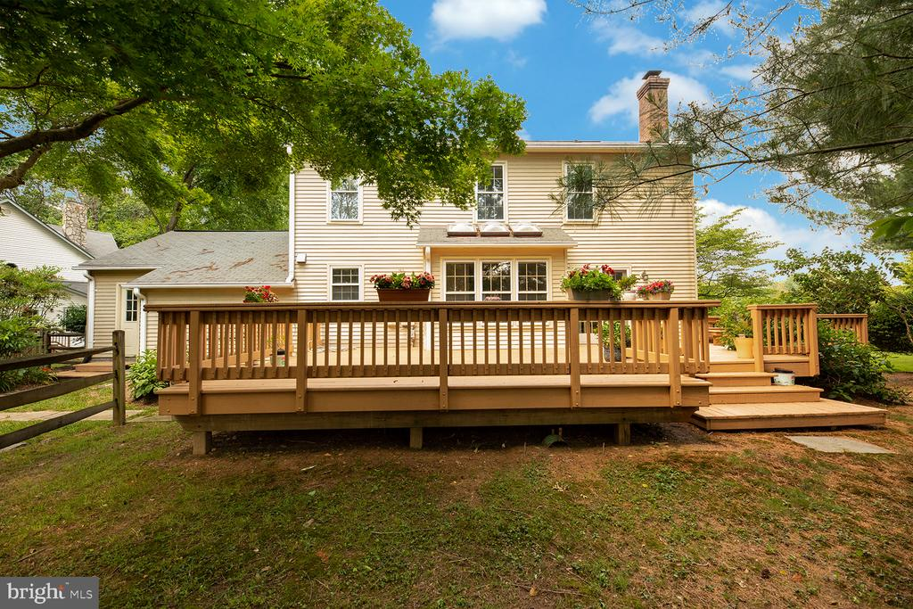Rear deck - 1232 BISHOPSGATE WAY, RESTON
