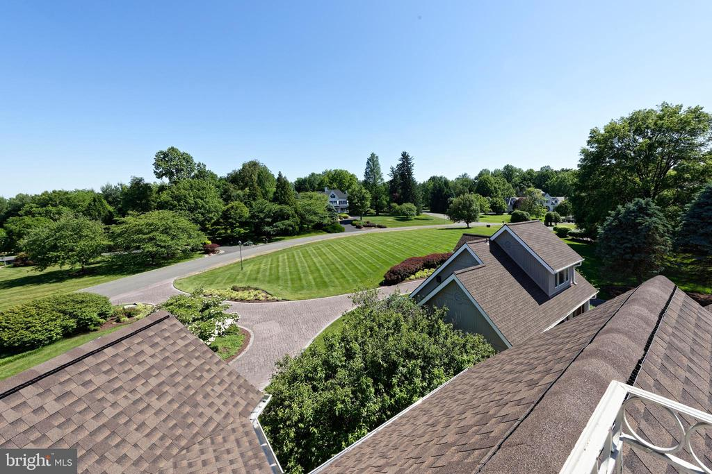 View from Roof Top Deck - 40850 ROBIN CIR, LEESBURG