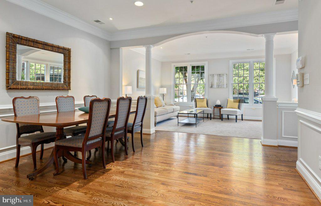 Gorgeous newly refinished hardwood floors - 405 S HENRY ST, ALEXANDRIA