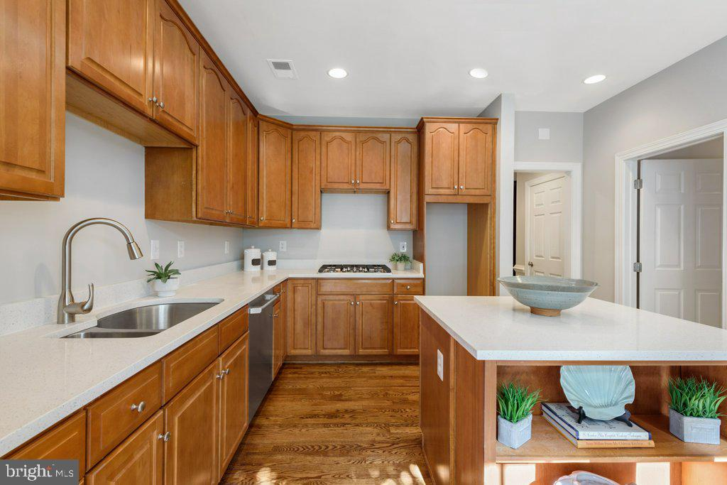 GE Cafe' Stainless appliances-installation pending - 405 S HENRY ST, ALEXANDRIA