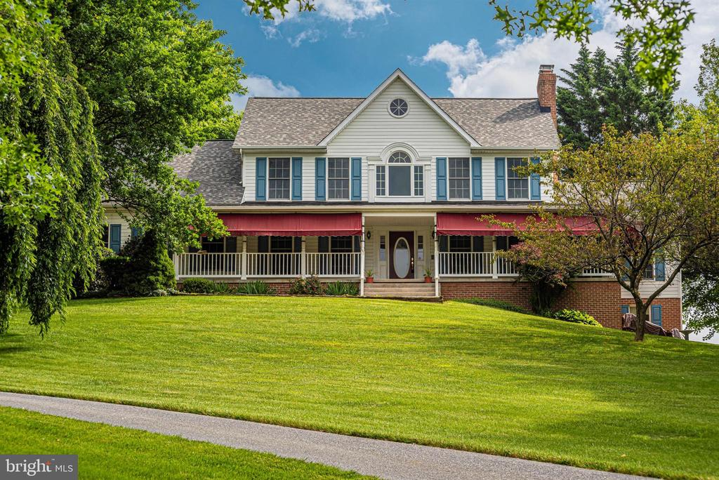 King of the hill! - 7799 COBLENTZ RD, MIDDLETOWN