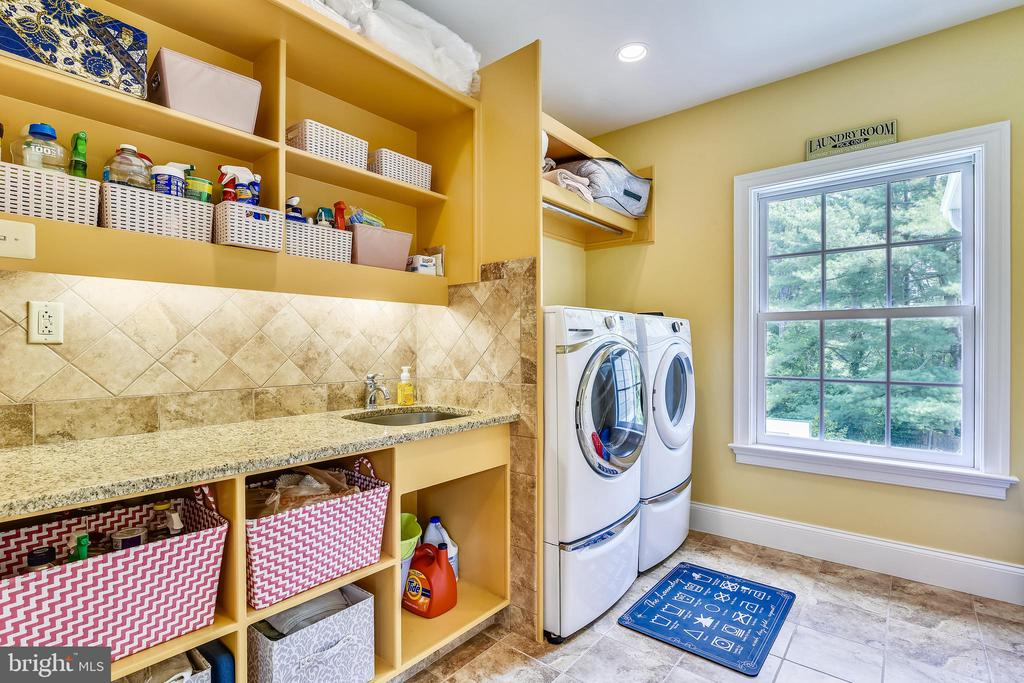 Upper Level Washer & Dryer (wired for cable) - 3001 FOX DEN LN, OAKTON