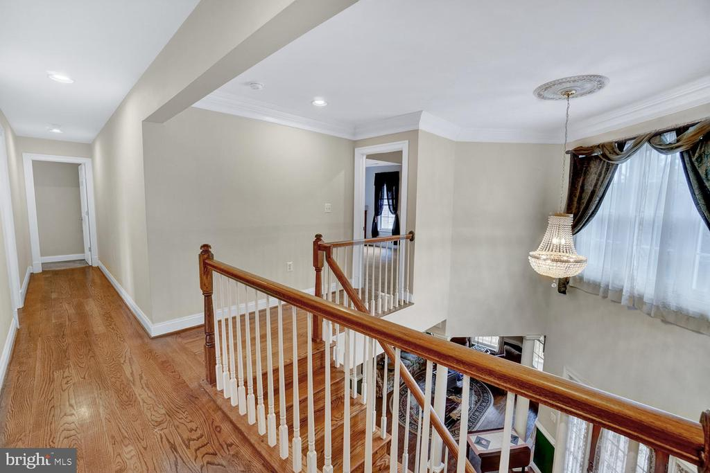 Upstairs Hallway - 3725 BIG WOODS RD, IJAMSVILLE