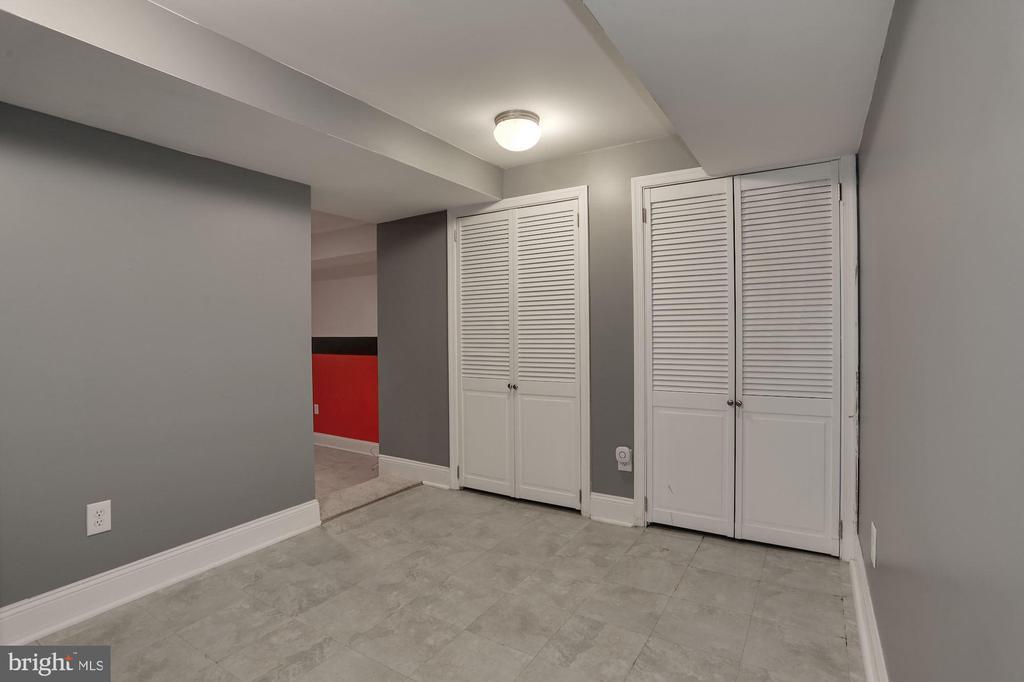 Additional basement room - 5715 7TH ST N, ARLINGTON