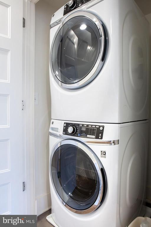 In-Unit Washer and Dryer - 645 MARYLAND AVE NE #201, WASHINGTON