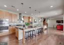 Gourmet Kitchen - 20417 SAVIN HILL DR, ASHBURN