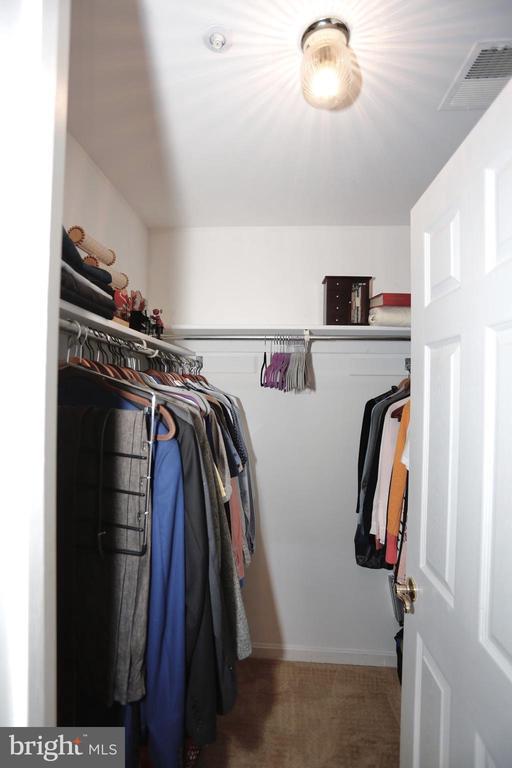 Master BR walk-in closet - 415 RIDGEPOINT PL #32, GAITHERSBURG