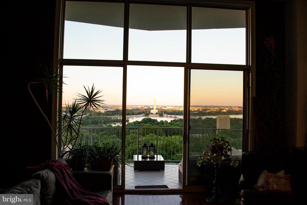 Sunset on The National Mall over The Potomac River - 1200 N NASH ST #1148, ARLINGTON