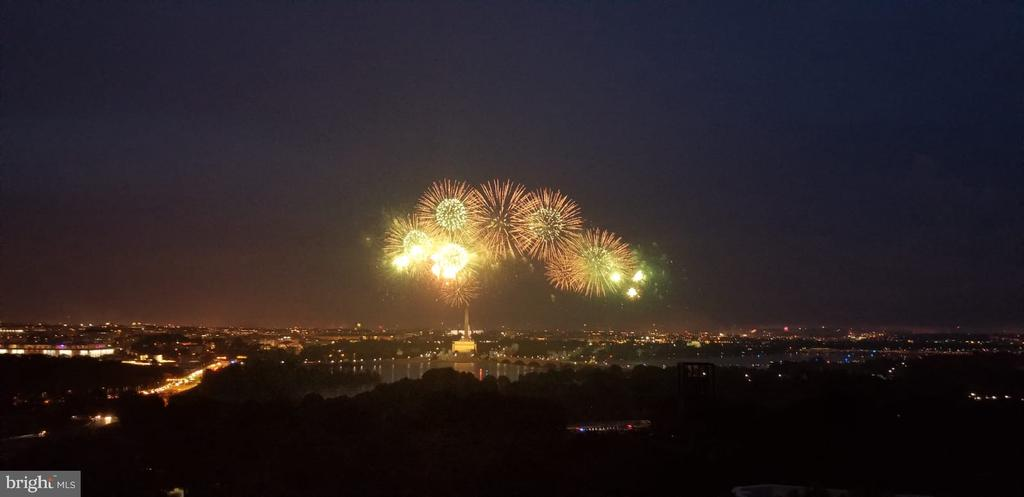 Views of 4th of July Worth Celebrating!!!! - 1200 N NASH ST #1148, ARLINGTON
