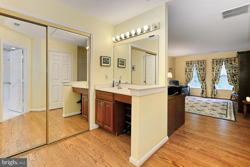 Dressing Area - 6603 OKEEFE KNOLL CT, FAIRFAX STATION