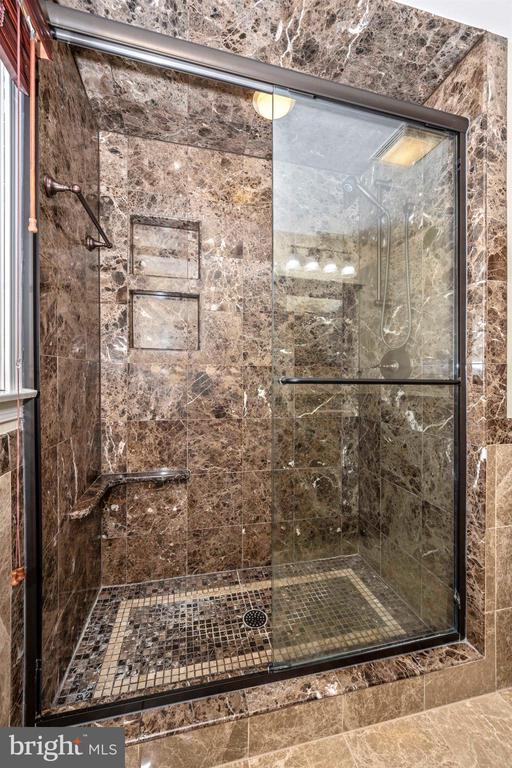 LARGE HALL BATH FLOOR TO CEILING  MARBLE SHOWER - 6914 SUMMERSWOOD DR, FREDERICK