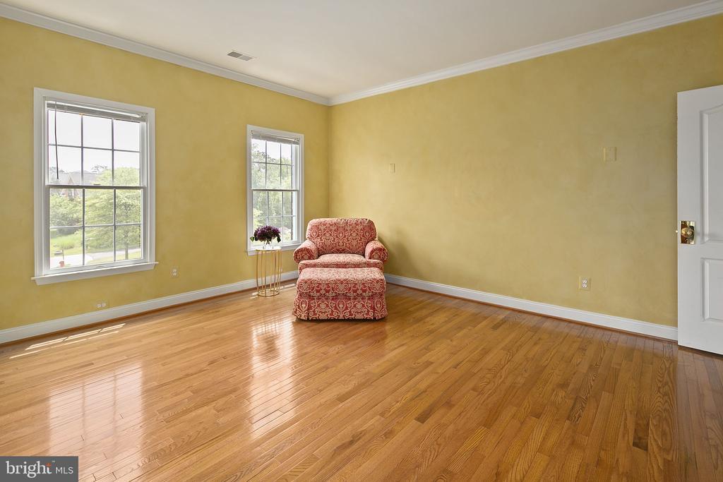 MBR sitting room - 43474 OGDEN PL, STERLING