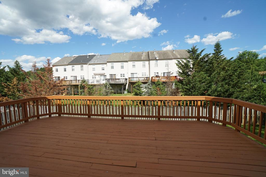 Another view of deck - 6311 WILLOWFIELD WAY, SPRINGFIELD