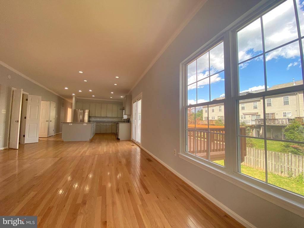 Family Room View-2 - 6311 WILLOWFIELD WAY, SPRINGFIELD