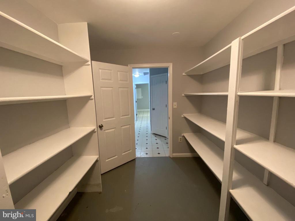 Storeroom view-2 - 6311 WILLOWFIELD WAY, SPRINGFIELD