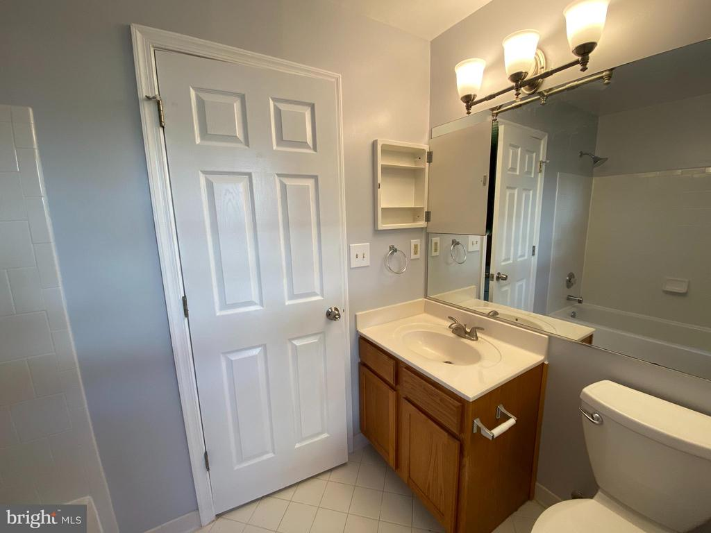 Full Bathroom 4 with NEW light and fixtures - 6311 WILLOWFIELD WAY, SPRINGFIELD