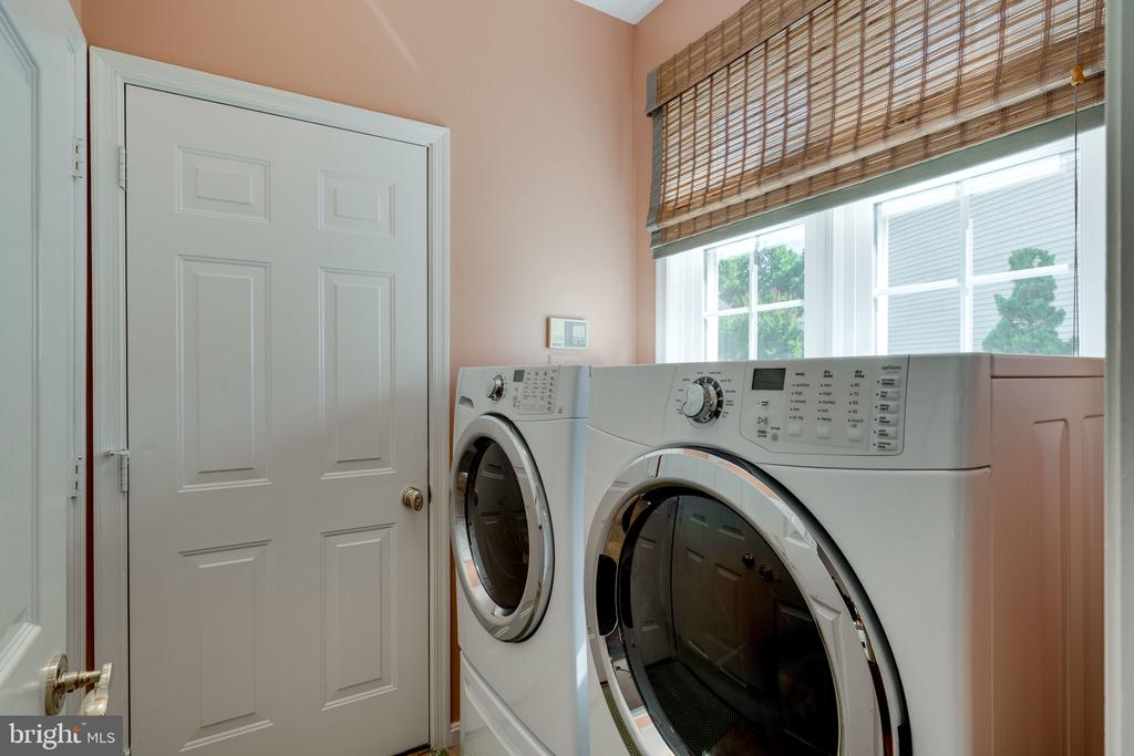 Laundry Room - 8523 SILVERVIEW DR, LORTON