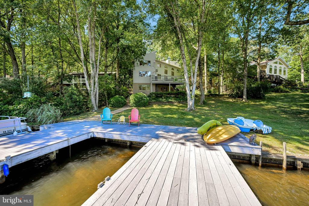 Swim, Kayak, Paddle Boat, Ski or Sun---Your Choice - 124 BIRCHSIDE CIR, LOCUST GROVE