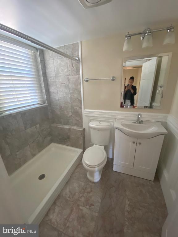 Full Bathroom - 6320 BALTIMORE AVENUE, UNIVERSITY PARK