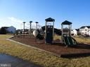 Community park just a short walk away! - 55 POTTERFIELD DR, LOVETTSVILLE