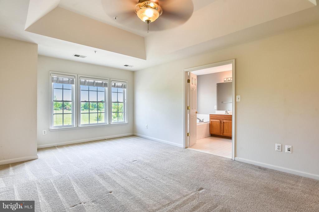 Master Bedroom Suite - 1216 GAITHER RD, ROCKVILLE
