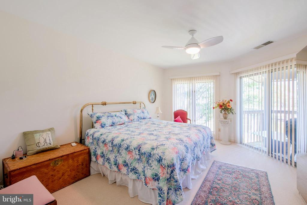 Specious Master Bedroom with views! - 7024 CHANNEL VILLAGE CT #201, ANNAPOLIS