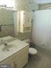 Full bath - 5825 BROOKVIEW DR, ALEXANDRIA