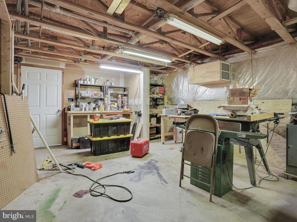 Workshop in basement - 11701 FAIRMONT PL, IJAMSVILLE