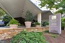 Prospect House - Grand Porte-Cochere - 1200 N NASH ST #1148, ARLINGTON