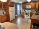 Ceramic tile flooring - 11504 HESSONG BRIDGE RD, THURMONT