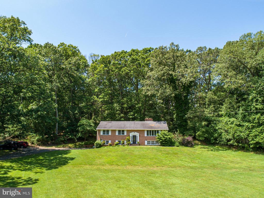 house from the front - 2718 FOX MILL RD, OAK HILL