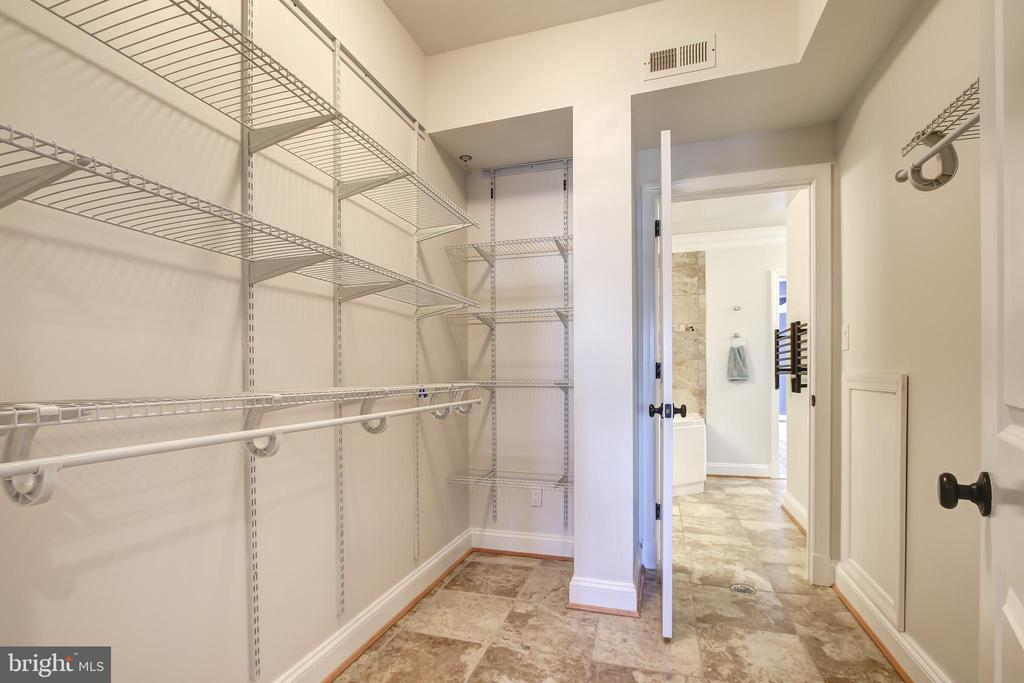 Master Walk-in Closet - 5511 COLORADO AVE NW #501, WASHINGTON