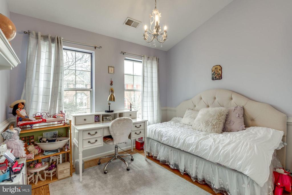 Bedroom 1 - 47597 COMER SQ, STERLING