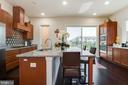 Kitchen w/oversized Granite counters - 23109 COTTONWILLOW SQ, BRAMBLETON