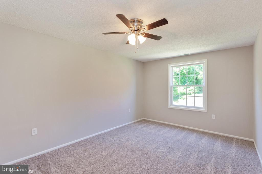 master bedroom view 4 - 3813 SWANN RD #1, SUITLAND