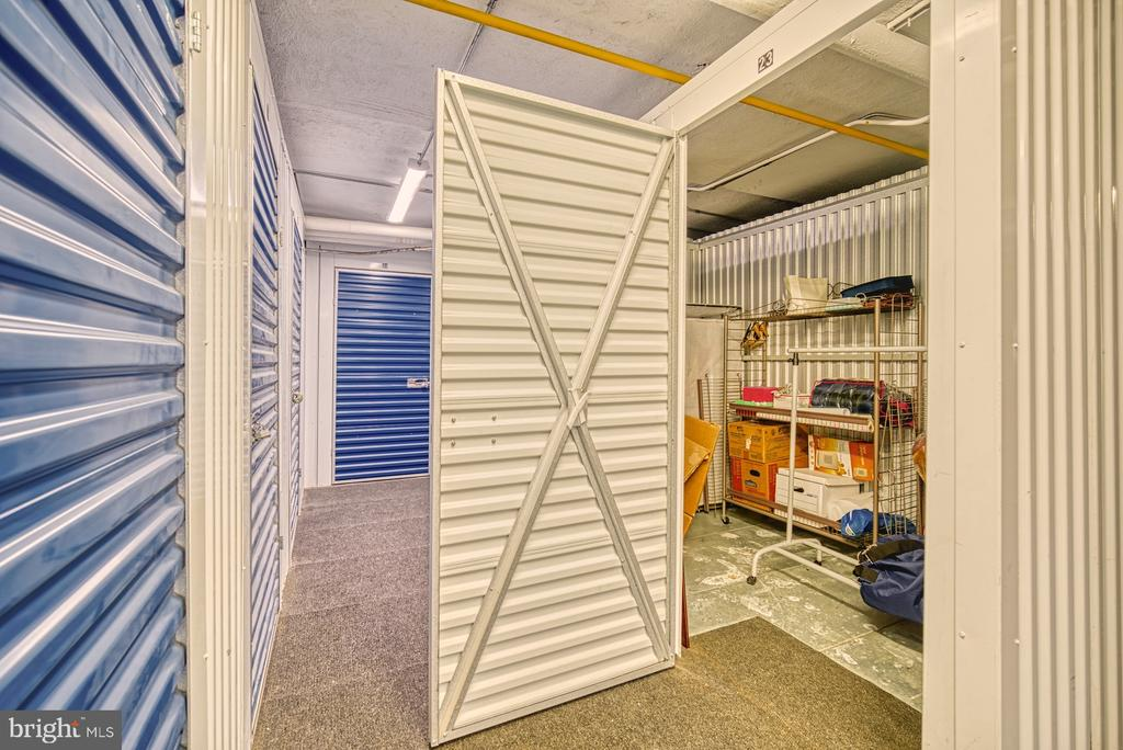 Secured, personal storage unit in building - 10570 MAIN ST #325, FAIRFAX